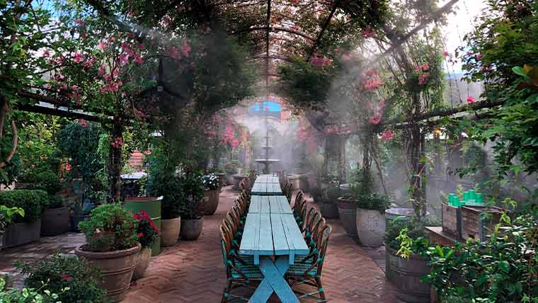 Services Hospitality (patio misting systems) - CloudBurst Misting Systems
